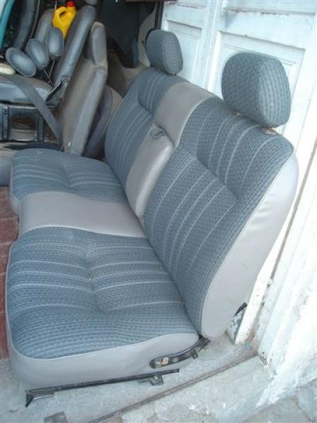 Tapiceria de autos tapicer a de autos for Tapiceria para coches en zaragoza