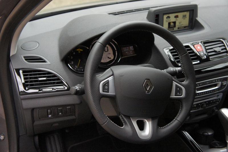 Renault megane iii cotiza precios venta 2017 chile for Interior renault megane