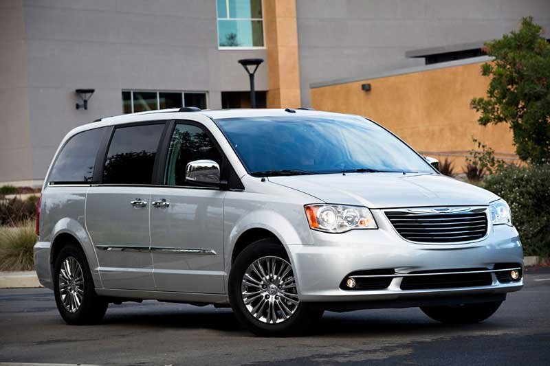 chrysler town country chrysler autos nuevos nuevos 2017 chile cotiza precios venta. Black Bedroom Furniture Sets. Home Design Ideas