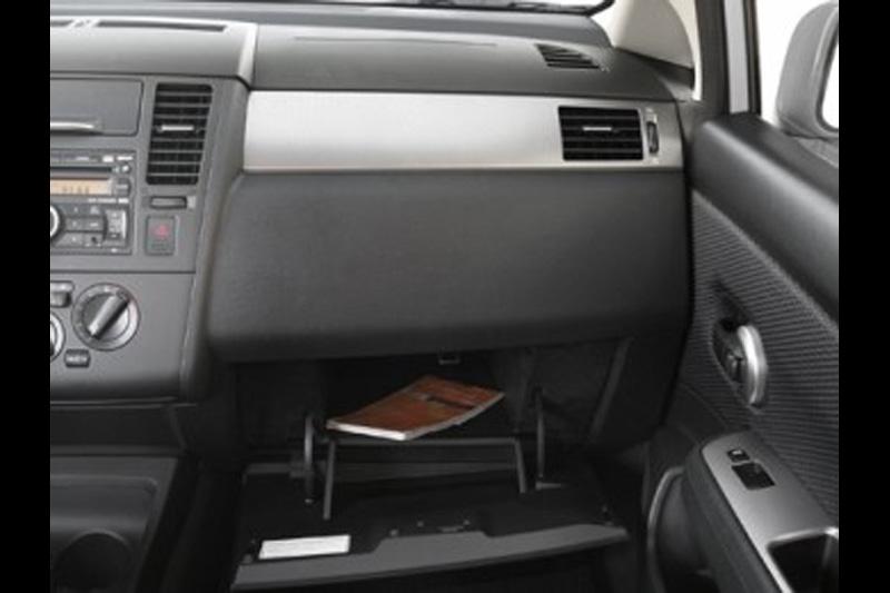 Nissan Tiida Sedan | Catalogo vigente Autos Nuevos en ...