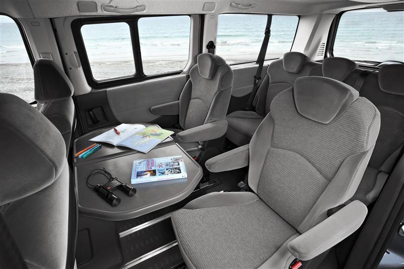 Peugeot expert minibus cotiza precios venta 2017 chile for Peugeot traveller interieur