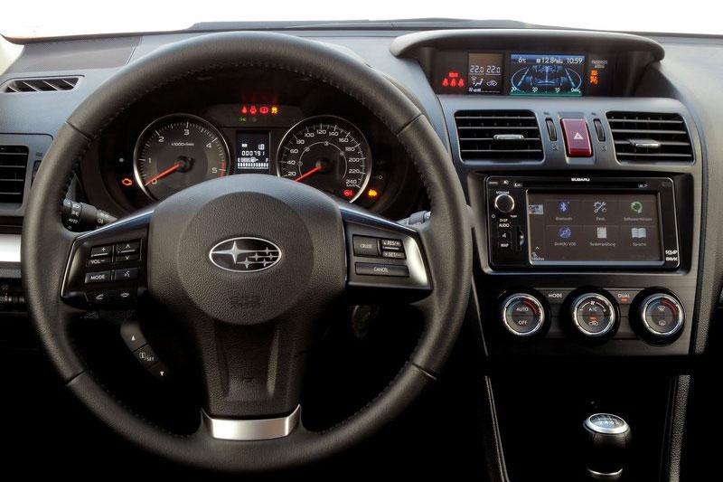 Subaru XV 2019 изоражения