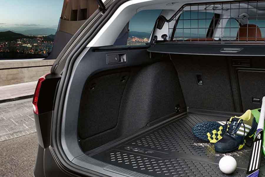 Volkswagen golf variant volkswagen autos nuevos for Interior golf variant